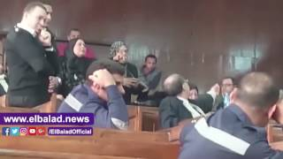 أهالي شهداء 'أحداث الدفاع الجوى' يهاجمون رئيس نادي الزمالك..صور وفيديو