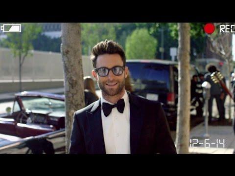 Maroon 5 ~ Sugar Lyric Video