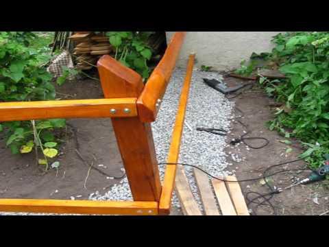Как сделать деревянный забор из необразной доски своими руками