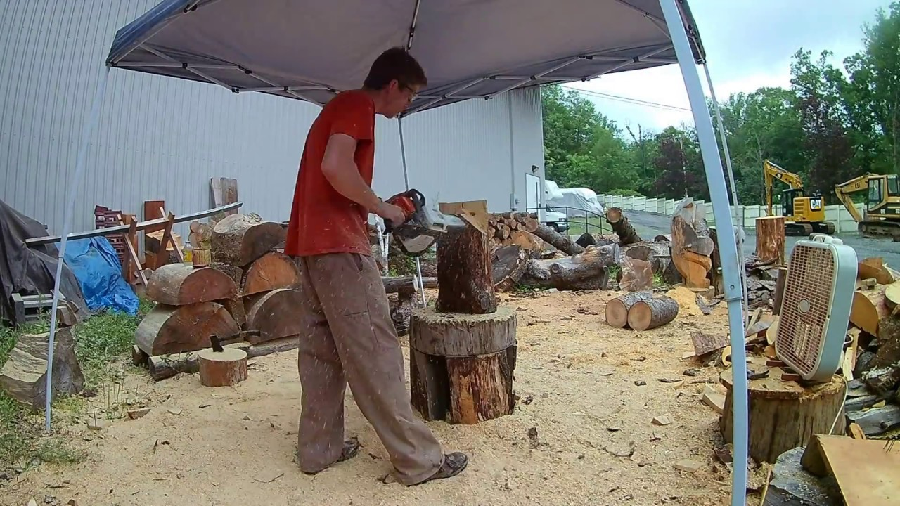 Stump bears by wjh chainsaw carving youtube