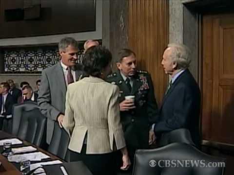 Petraeus Laughs Off Fainting Spell