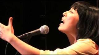 ライブハウスでレコーディングされた 天野月の1stアルバム「Licht」のS...