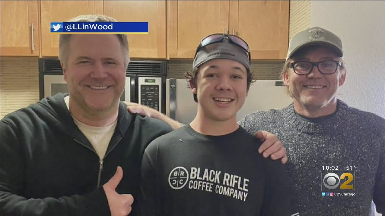 Actor Ricky Schroder poses with accused Kenosha shooter after ...