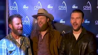 Dierks Bentley brings fire to the CMAs Video