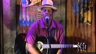 Eric Bibb - Live At The Basement(DVD)