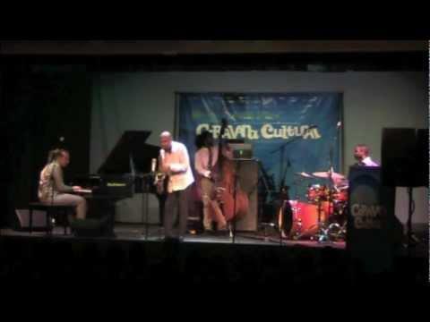 Miguel Zenon presents Caravana Cultural - Tribute to Charlie Parker (Confirmation)