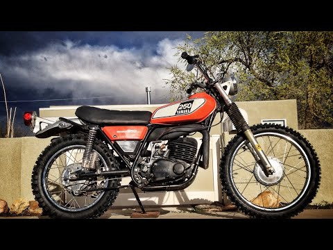1975 Yamaha DT250 Enduro street legal vintage dirt bike