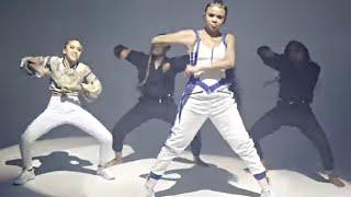 Смотреть клип Brooklyn Queen - Dance Baby
