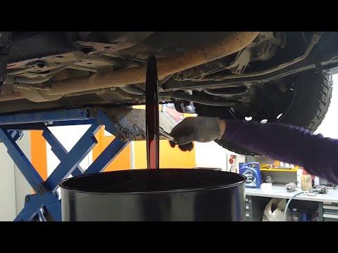 Замена масла и масляного фильтра на Lada Largus