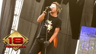 Club Eighties - Dari Hati (Live Konser Soundrenaline Padang 2007)