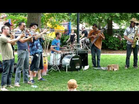 Tarace Boulba @ Kalorama Park  Washington D.C May 2009 - Part 1