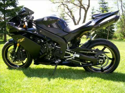 Custom 2008 yamaha R1 Raven Edition - YouTube