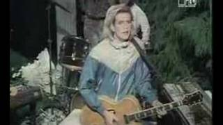 Watch Scritti Politti Absolute video