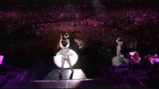 Jonas Brothers - Hold On - 3D Concert Experience
