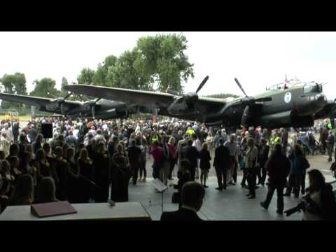 Meeting of the last two airworthy Lancasters