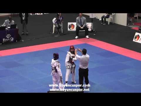 44kg Final Kouttouki (CYP) vs (TUR) Makbule Nur Korucu (19th Europen Junior TKD Championships 2013)