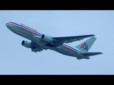 American Airlines Boeing 767-200 [N327AA] takeoff from LAX