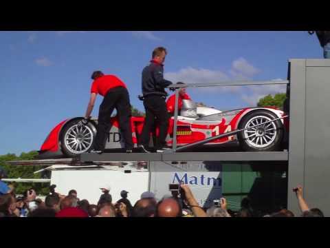 2010 24 Hours of Le Mans: Kolles Audi R10 TDI Unloaded at Scrutineering