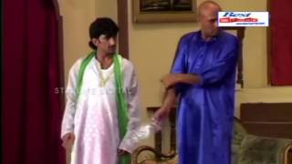 Video Akram Udass and Sakhawat Naz New Pakistani Stage Drama Full Comedy Clip HD download MP3, 3GP, MP4, WEBM, AVI, FLV Desember 2017