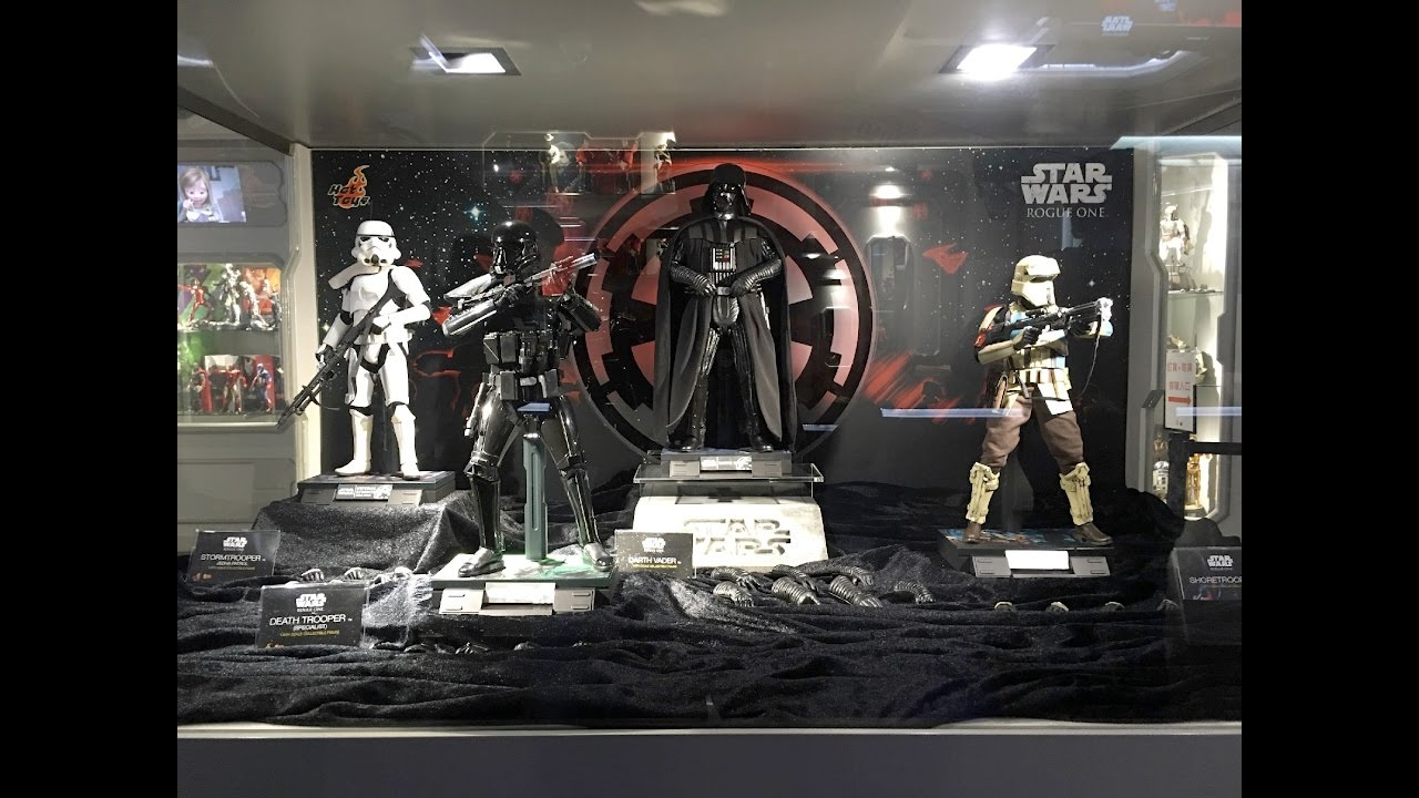 ROGUE ONE Hot Toys Display Cabinet At SECRET BASE HK