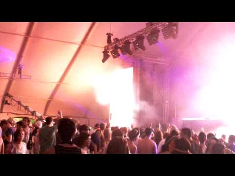 Kyau & Albert - Check It Out (Kyau & Albert Remix) @ Nocturnal Wonderland CA, 7 of 11, 09-24-2011 HD
