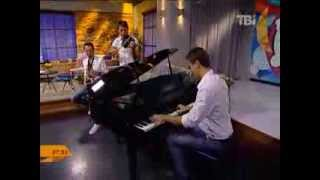 Gambar cover ARMIN VAN BUUREN - IN AND OUT OF LOVE (best piano cover)