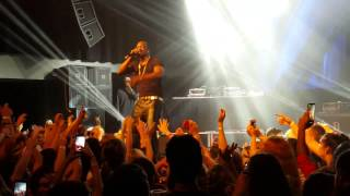 Akon dangerous,  live performance London  2015