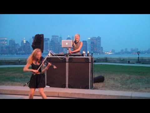 DJ Mia Moretti & Electric Violinist Caitlin Moe DIGITAL LOVE