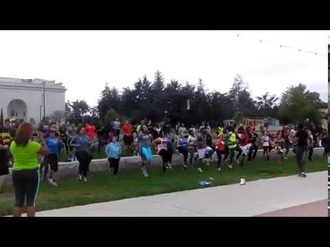 free fitness class at lake Merritt in Oakland.