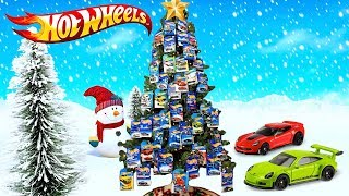 Hot Wheels Holiday Toy Tree Surprise!