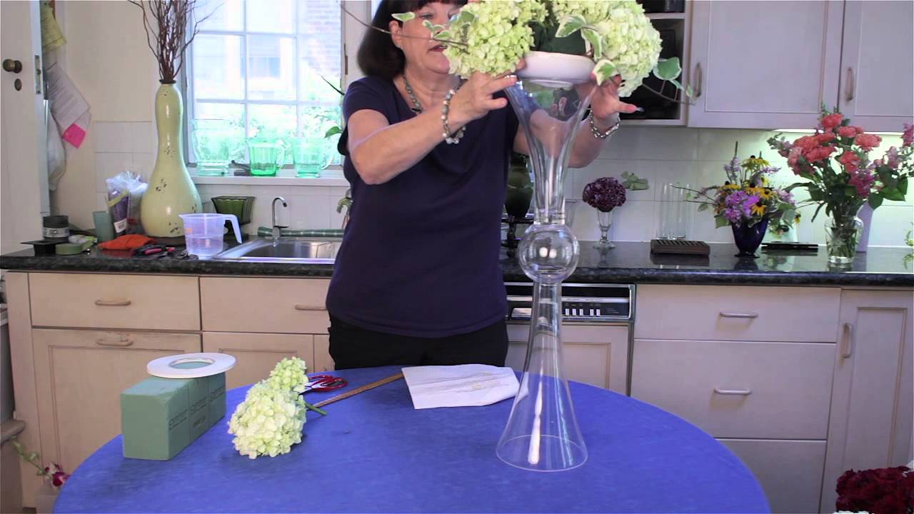 How To Decorate A Tall Clear Centerpiece Vase Flower Arrangements Youtube