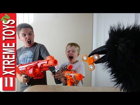 Wild Crow Steals Fidget Spinner! Wild Toy Feathered Beast Vs. Ethan Vs. Cole Nerf Blaster Battle!