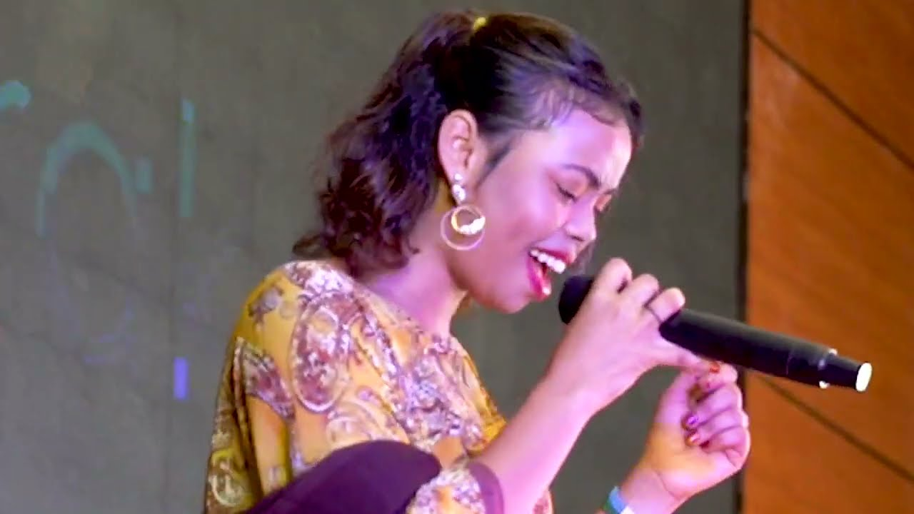 Download RAHMA HASSAN | RUUX IGU LAMAAN | New Somali Music Video 2021 (Official Video)