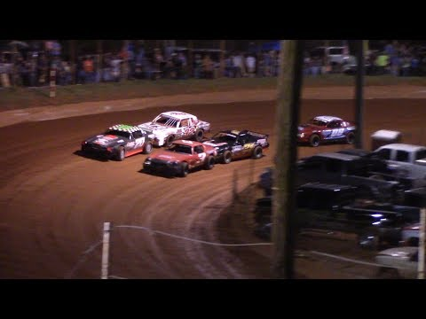 Winder Barrow Speedway Stock Eight Cylinders Feature Race 3/23/19