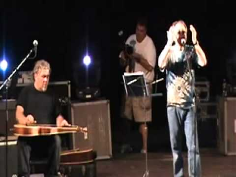 """Michael Tearson singing """"This Beggars' Heart"""" - LIVE"""