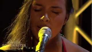 Angela Moyra: Hati Sakit - De Beste Singer-Songwriter van Nederland
