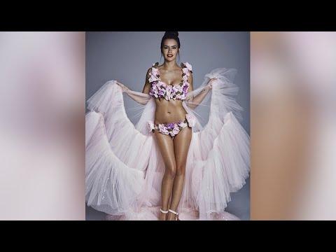 Pedroche, críticada por el bikini de flores de las Campanadas