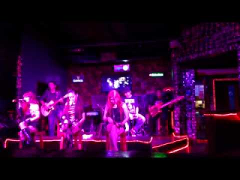 Take Cover live Unplugged at Siam Thai Bar Kota Kinabalu