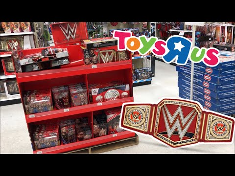 CHRISTMAS EVE AT TOYSRUS WWE FIGURE SHOPPING! *Forgot to upload this*