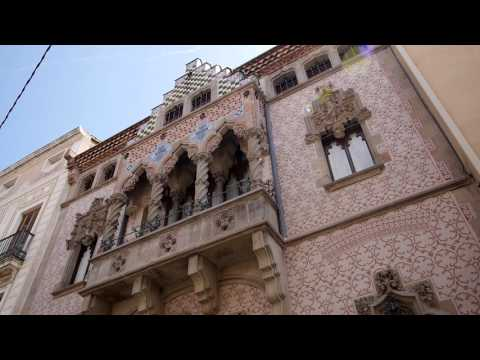 Inauguració de la façana de la Casa Coll i Regàs