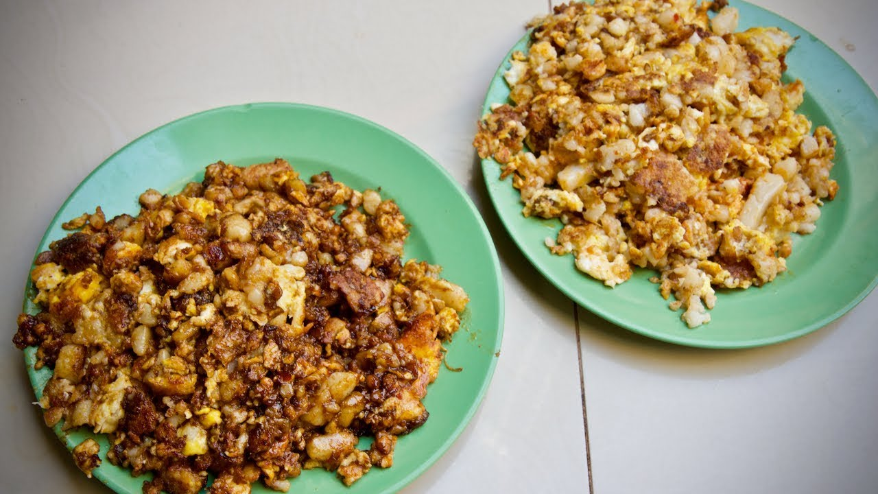 How Singapore Fried Carrot Cake 菜头粿 Is Cooked Youtube
