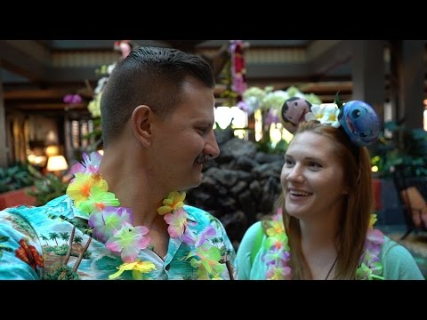 A Quick Trip To Disney's Polynesian Resort For Dinner At Ohana & Trader Sams!!!
