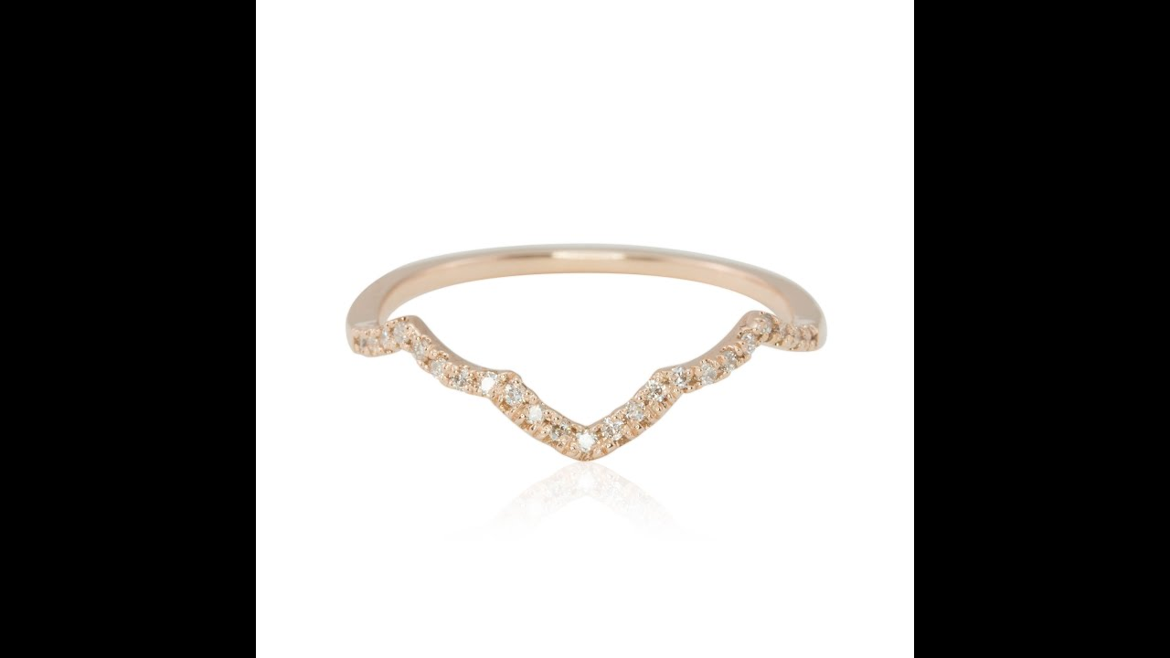 14k gold scalloped quatrefoil diamond contour wedding band