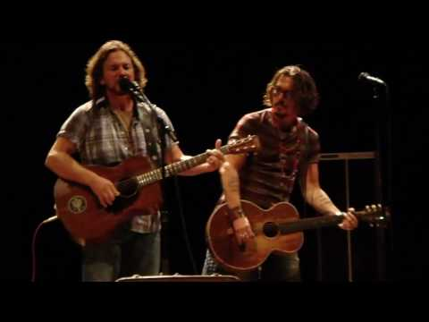 Download Youtube: Eddie Vedder Society with Johnny Depp