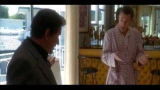 Joe Pesci threatens banker from Casino