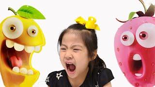 대박빙고 신맛젤리 서은이의 빙고 게임을 해서 신맛 젤리 먹기 신쫄이 짱셔요 새콤짱  Seoeun VS Mom Playing Bingo Game Eating Sour Jelly