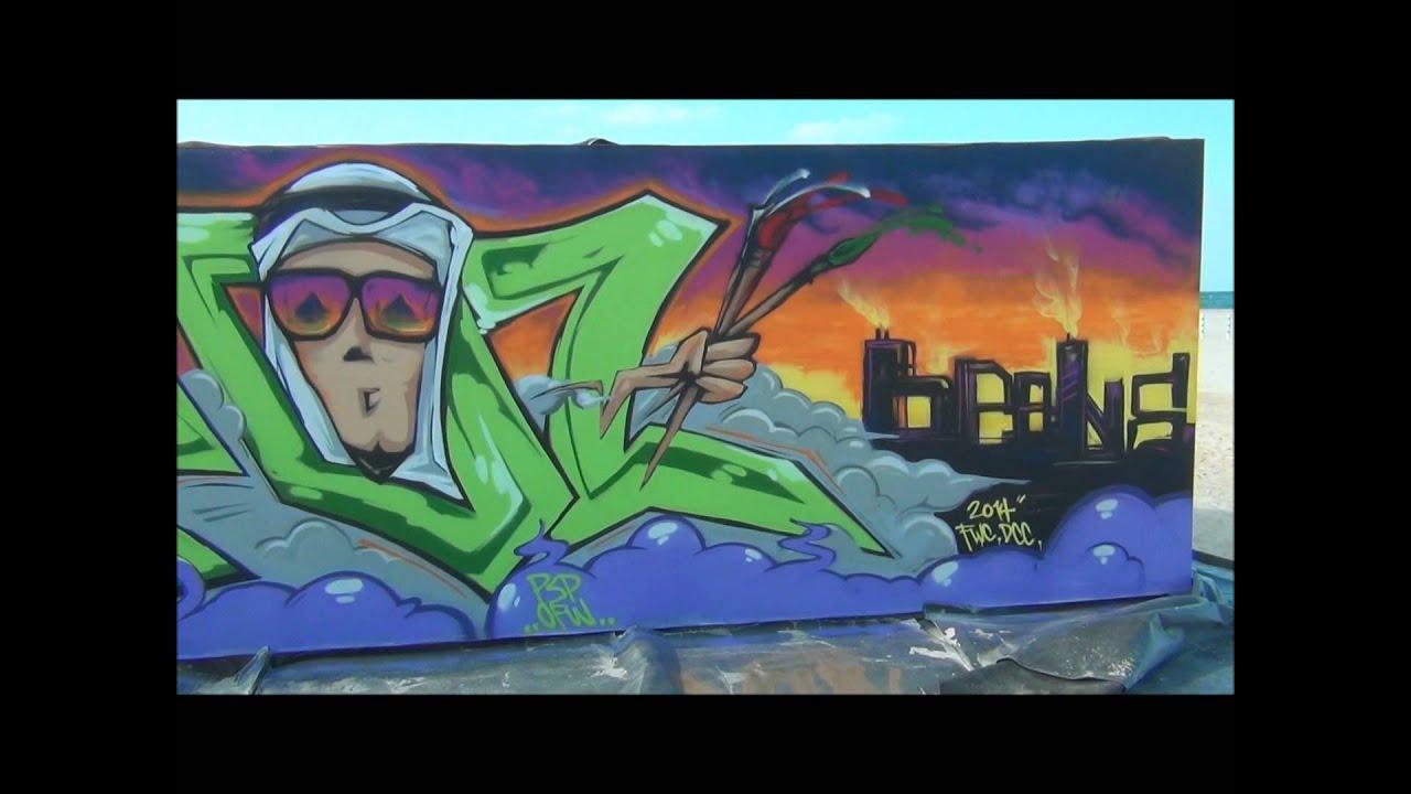 Graffiti wall uae - Guinness World Record Longest Graffiti At Dubai Jumeirah Beach Walk Youtube