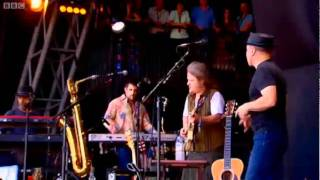 Paul Simon - You Can Call Me Al - Live at Glastonbury