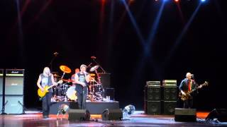 Nazareth - Love Hurts (Live at Crocus City Hall 21/04/2014)(, 2014-04-22T01:19:09.000Z)