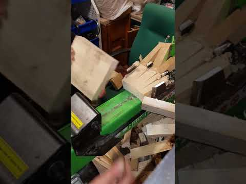 Home made kindling attachment for electric log splitter